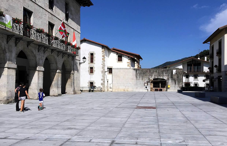 plaza-berastegui-04